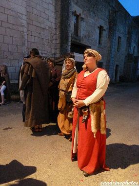 Nouaillé 1356- Coeurs en Bataille Aventure itinérante nocturne à l`abbaye de Nouaillé-Maupertuis Poitou-Charentes -1er juin 2012