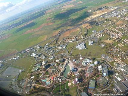 Parc du Futuroscope vu du ciel vol Londres-Poitiers 06 mars 2012