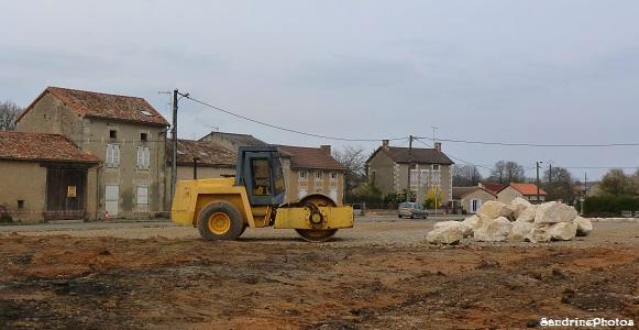 Parking Poids-lourds Bouresse travaux avril 2013 (53)